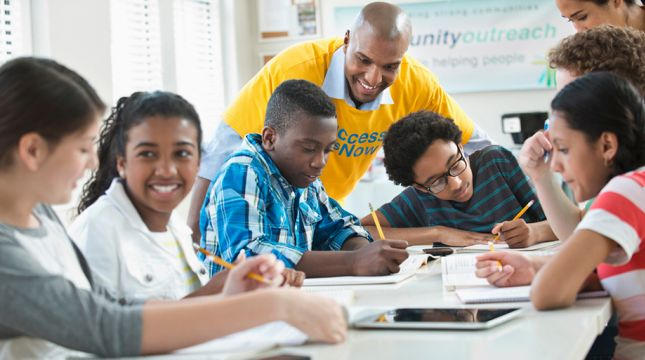 Event Video: From Community Schools to Community Districts: Building Systems for Student Success